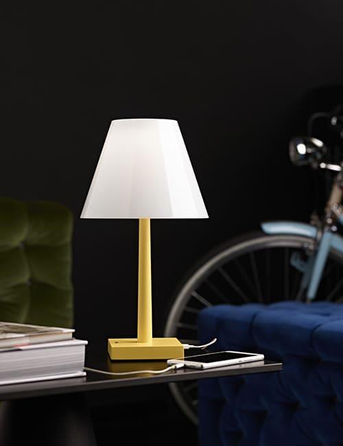 Dina+ lampada da tavolo LED